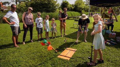 1 kilo boeken voor 1 euro en initiaties pilates en tai chi op Dag van het Park