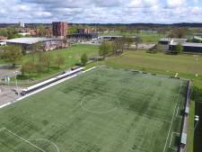 Gemeente Enschede telt 250.000 euro neer voor kunstgrasveld op topsportcampus Het Diekman