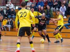 Futsal Apeldoorn verspeelt ondanks geniale wereldgoal zege tegen koploper ASV Lebo