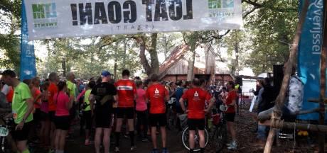 Ontspannen sfeer bij start Landgoed Twente Marathon in De Lutte