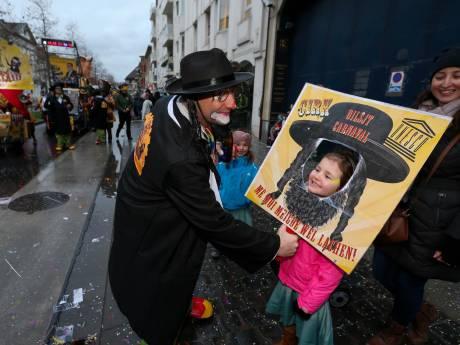 """Alost contre le reste du monde: la presse flamande tire sur un carnaval """"tumultueux"""""""