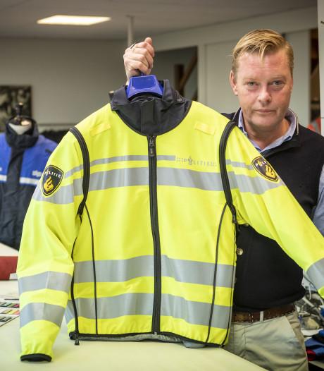 Kleermaker uit Ootmarsum laat politie opvallen