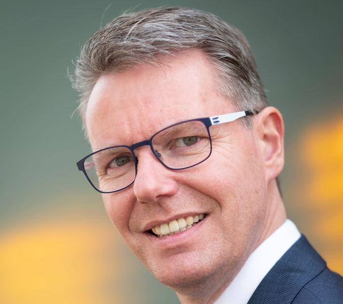 Wethouder Wim Willems ligt onder vuur bij de Apeldoornse dorps- en wijkraden.