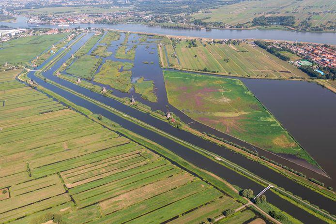 De Hoge Boezem van de Overwaard bij Kinderdijk.