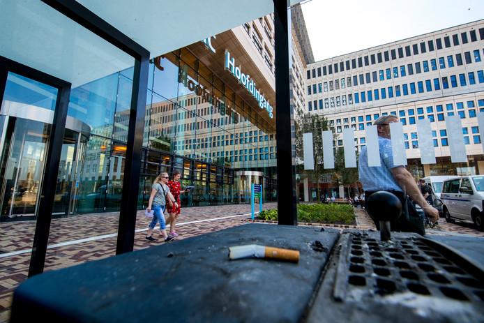 Vanaf 2 september worden de eerste Rotterdamse straten rond het Erasmus MC en Hogeschool Rotterdam rookvrij.