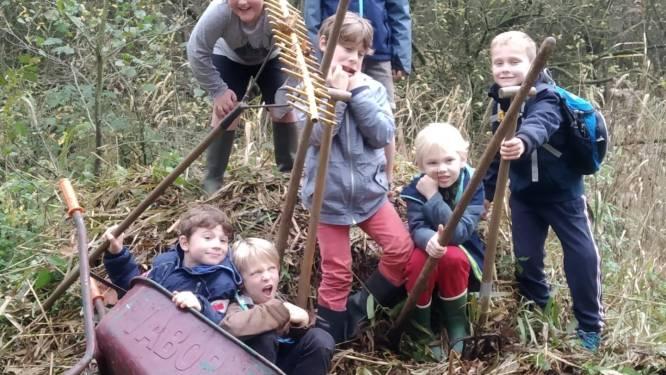 Zeven jonge vrienden beheren voortaan natuurreservaat Winkelsbroek in Zevendonk