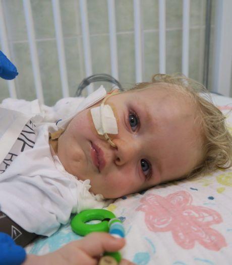 Behandeling met peperduur medicijn in Boedapest slaat aan bij zieke Jayme (1)