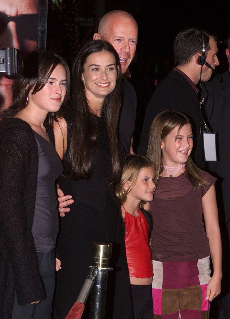 Bruce Willis en  Demi Moore met hun drie dochters toen ze nog kinderen waren.