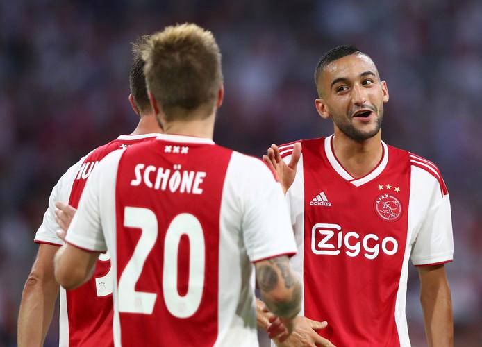 Hakim Ziyech schitterde woensdagavond voor Ajax tegen Sturm Graz. De vraag is: blijft Ziyech in Amsterdam of vertrekt hij alsnog?