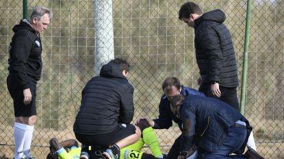 """Winterstages 9/01 (#2): Moses Simon loopt stevige kneuzing aan enkel op - Aanvaring tussen Mazzu en Charleroi-speler: """"Hou op met dat gezaag"""""""