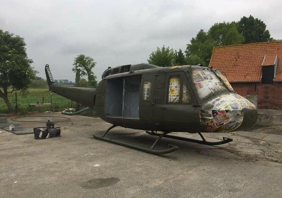 De helikopter werd onder andere herspoten.