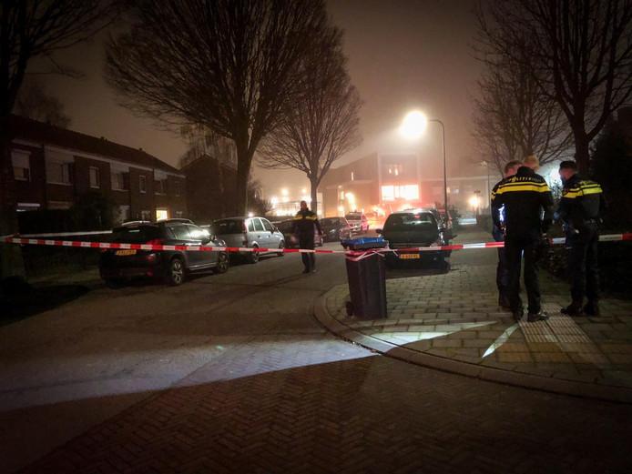 De Heeckerensstraat in Velp is afgezet.