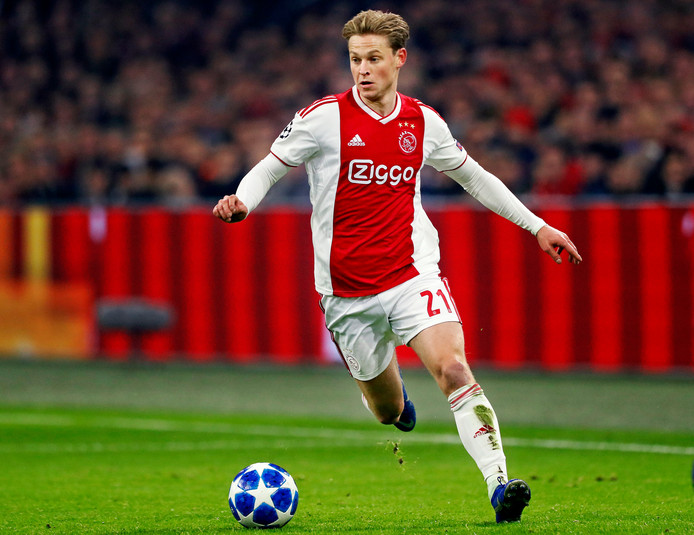Frenkie de Jong player of fc barcelona