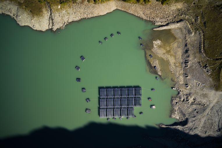 Nieuw plan voor zonnepaneel-atollen in het IJsselmeer is ook goed voor vis & vogel