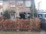 Harde knallen en brand bij woning adviseur gemeente Tiel, buurtbewoner spreekt van 'benzinebommen'