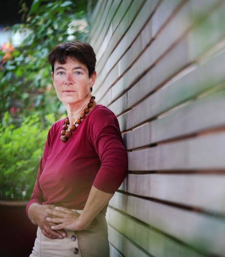 Tilburgse hoogleraar na storing 112: 'Wie blust onze digitale branden?'