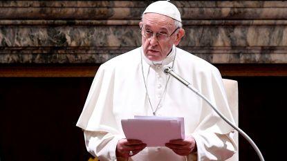"""Paus: """"Niemand zal ongestraft blijven voor kindermisbruik"""""""