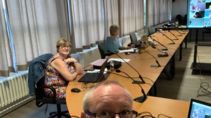 """Voltallige oppositie verlaat digitale gemeenteraad van Heers: """"Schepencollege moet ook in zijn kot"""""""