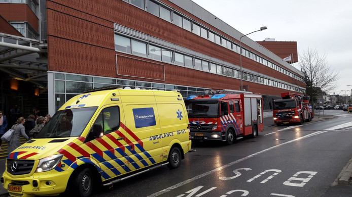 De hulpdiensten kwamen met meerdere voertuigen ter plaatse