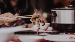 Feit of fabel: verhoogt veel vlees eten de kans op kanker?