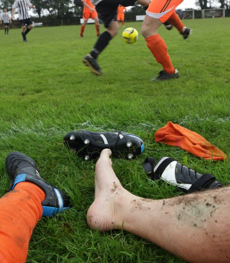 Voetbalclubs Rijk van Nijmegen moeten puzzelen door avondklok