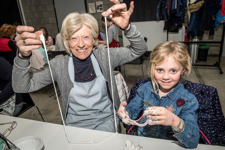 Rosette Vasseur & Louise Withouck hadden het naar hun zin tijdens de workshop.