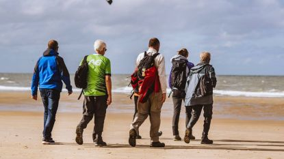 2.600 deelnemers wagen zich aan eerste 'Coast Walk' tussen Knokke en De Panne