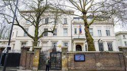 Russische diplomaten verlaten VK een week nadat Theresa May hen de deur wees
