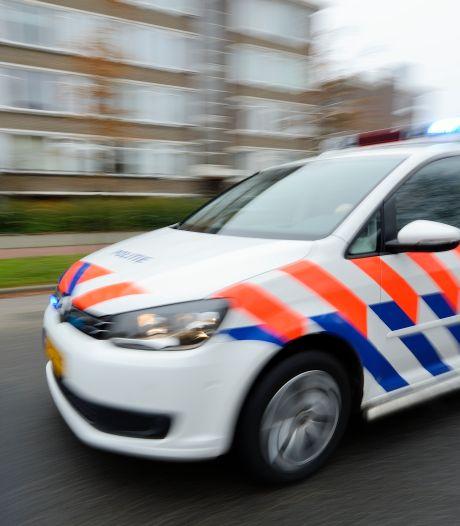 Politie zoekt behulpzame automobilist die hielp verdachte op te pakken: 'Held!'
