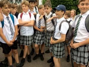 Middelbare school in Mariakerke roept alle meisjes én jongens op om in rok naar school te komen