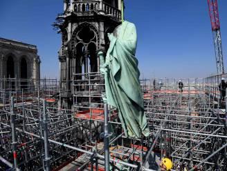 De 'Notre-Dame de Paris': 13 miljoen bezoekers per jaar, bijna 200 jaar aan gebouwd, en elke dag 5 misvieringen