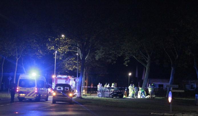 De bestuurder kwam om het leven bij een eenzijdig ongeluk op de Rembrandtstraat in Voorthuizen.
