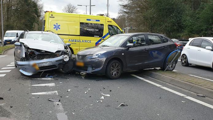 De schade als gevolg van het ongeluk is aanzienlijk.