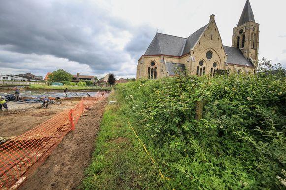 De kapel van de melaatsenkolonie bevond zich waar de huidige kerk staat.