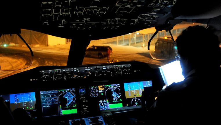 Cockpit van een Boeing 787 Beeld EPA