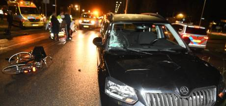 Jonge fietser gewond na aanrijding met auto