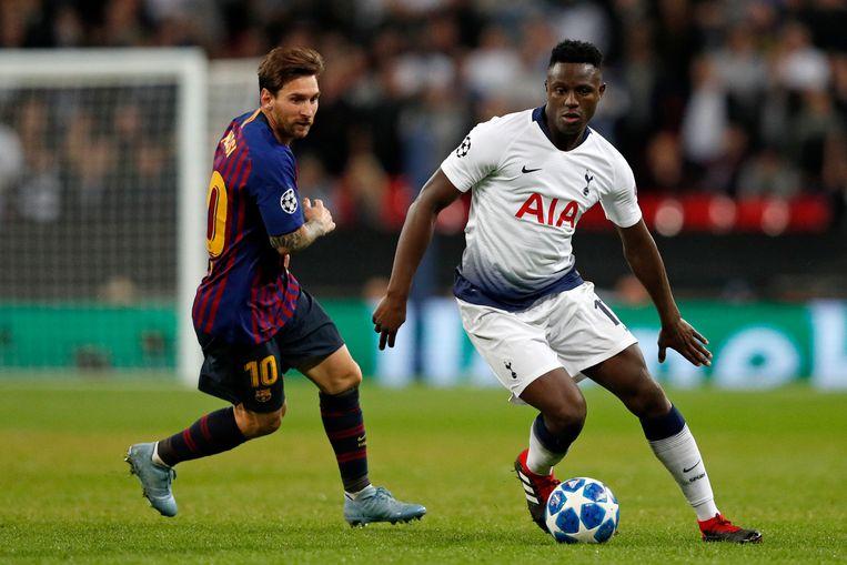 Wanyama vorig seizoen in de Champions League op Wembley tegen Lionel Messi.