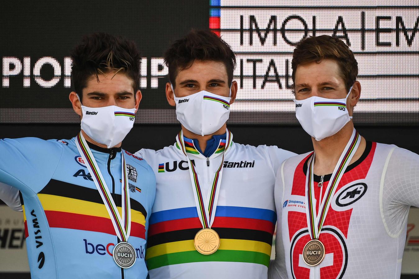 Wout van Aert, winnaar Filippo Ganna en Stefan Küng.