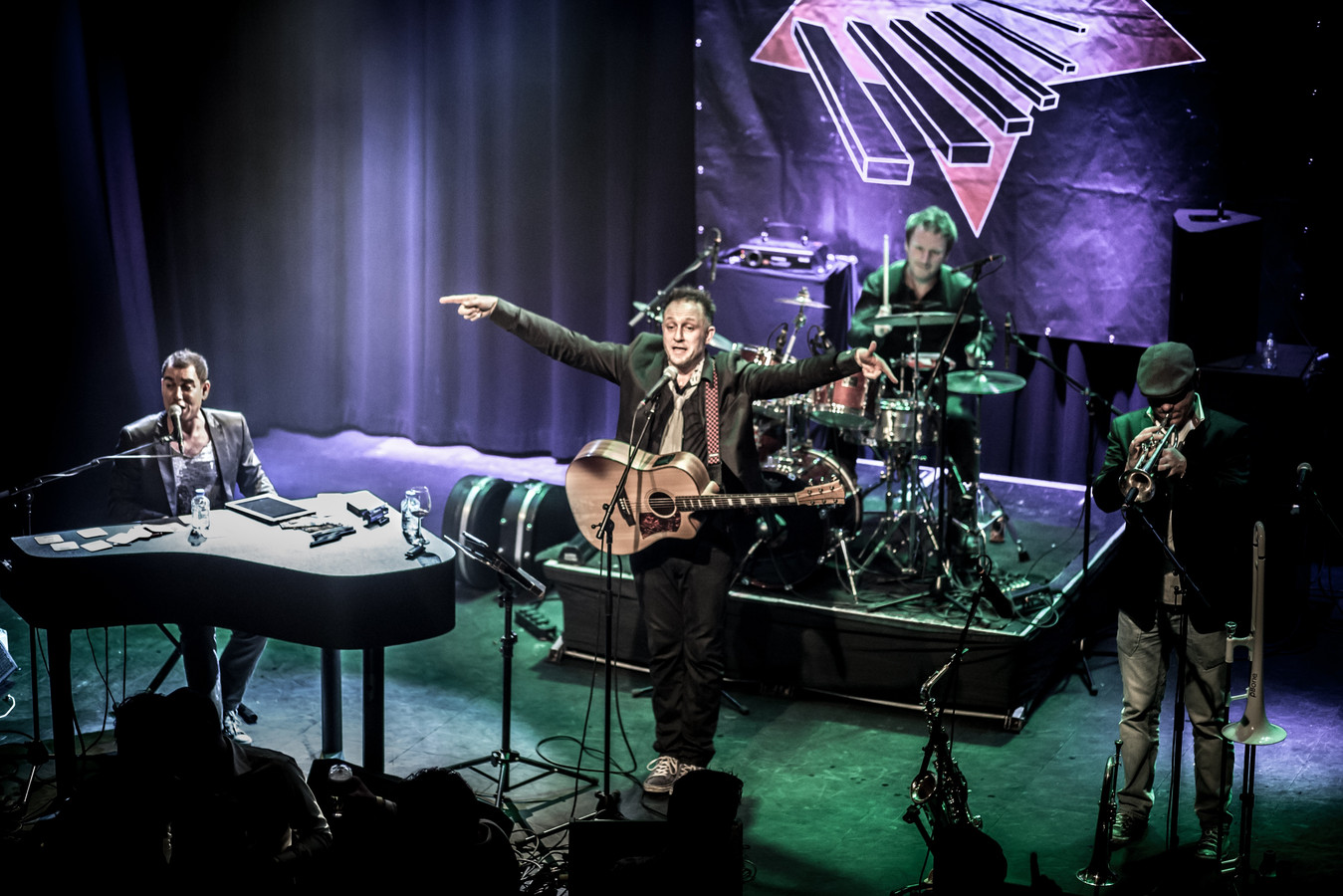 Het grote verschil met Radio 2: er zijn liveoptredens.