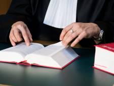 Verdachten van overval op klanten Rabobank eisen andere rechters