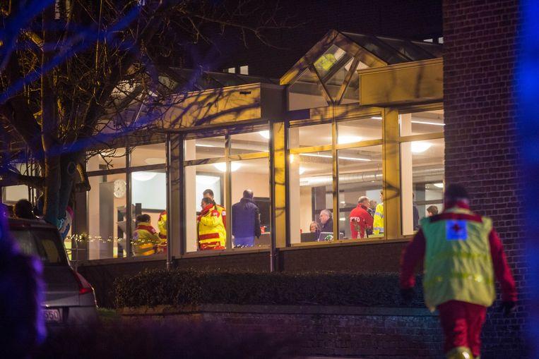Alle bewoners van het rusthuis werden verzameld in de cafetaria van het gebouw.