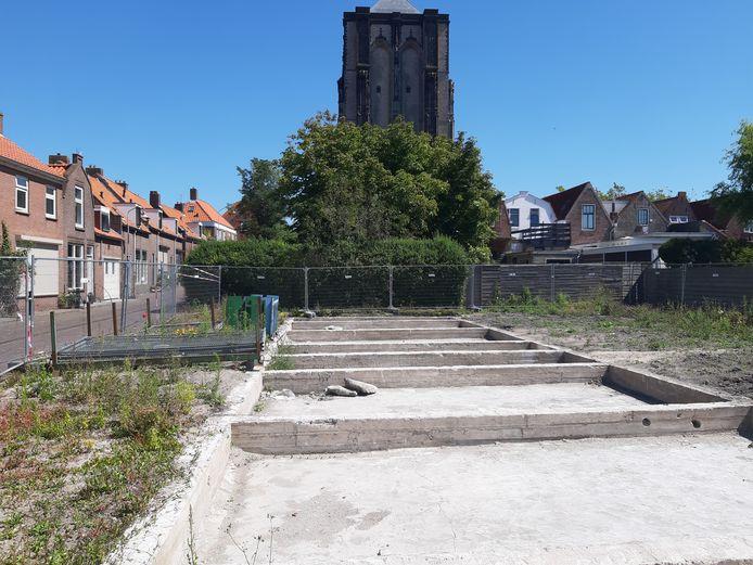 De oude arbeiderswoningen aan de Karnemelksvaart werden afgelopen voorjaar gesloopt.