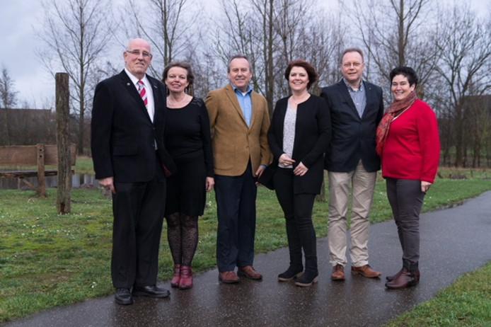 De kopgroep op de kandidatenlijst van INbox, van links naar rechts Guus Eltink, Marria van den Hoven,         Herman van Wanrooij, Jaqueline Bekkers, Jan de Koning en Geertje Schellekens.