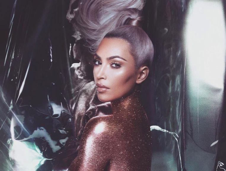 Kim Kardashian gaat opnieuw naakt op Instagram.
