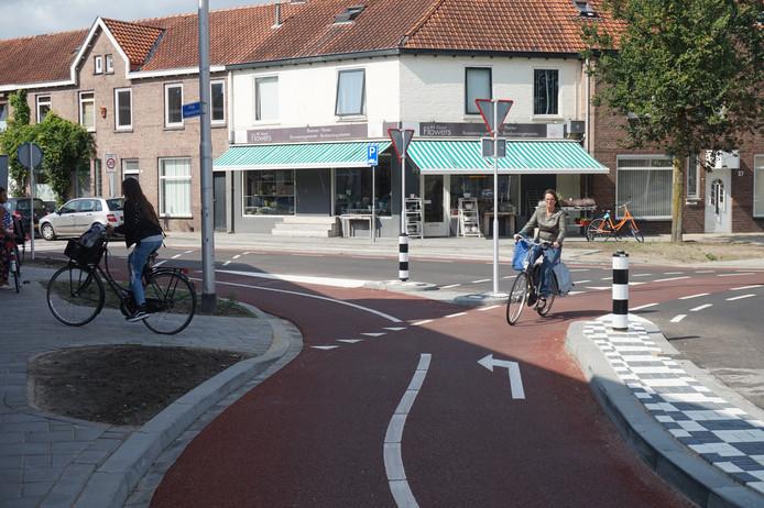 De rotonde aan de Philip Vingboonsstraat/Jan Heijnsstraat.