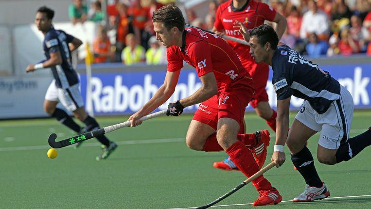Manu Stockbroekx eerder deze maand in actie tegen Maleisië op de world championships hockey in Den Haag.