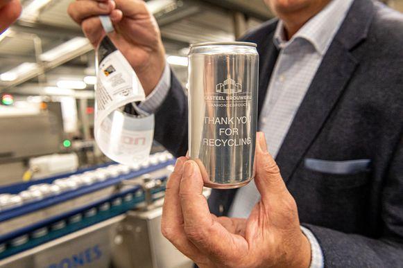 'Thank you for recycling', verschijnt op het blik wanneer je het etiket eraf haalt.