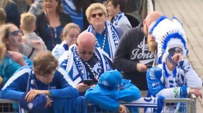 "VIDEO. ""Ik ben er kapot van"": Gentse fans op Sint-Pietersplein in zak en as na verloren bekerfinale"