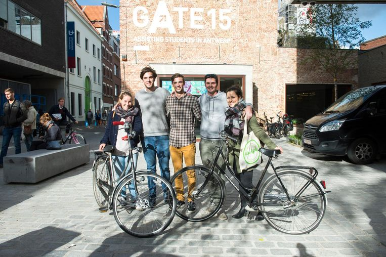 De Antwerpse studenten Maxim Claeys, Jonas Willoqué en Frederik Bakx zijn de drijvende krachten achter Uni-Cycle.