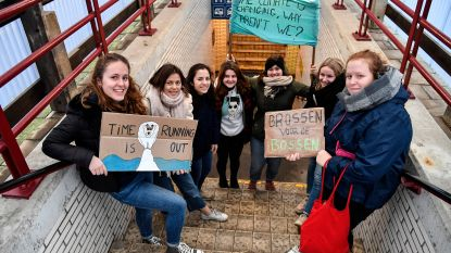 Atheneum en Oscar Romerocollege steunen Klimaatmars